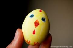 egging-chick